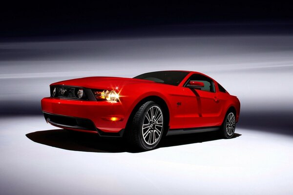 Ford Mustang Coupe 2010