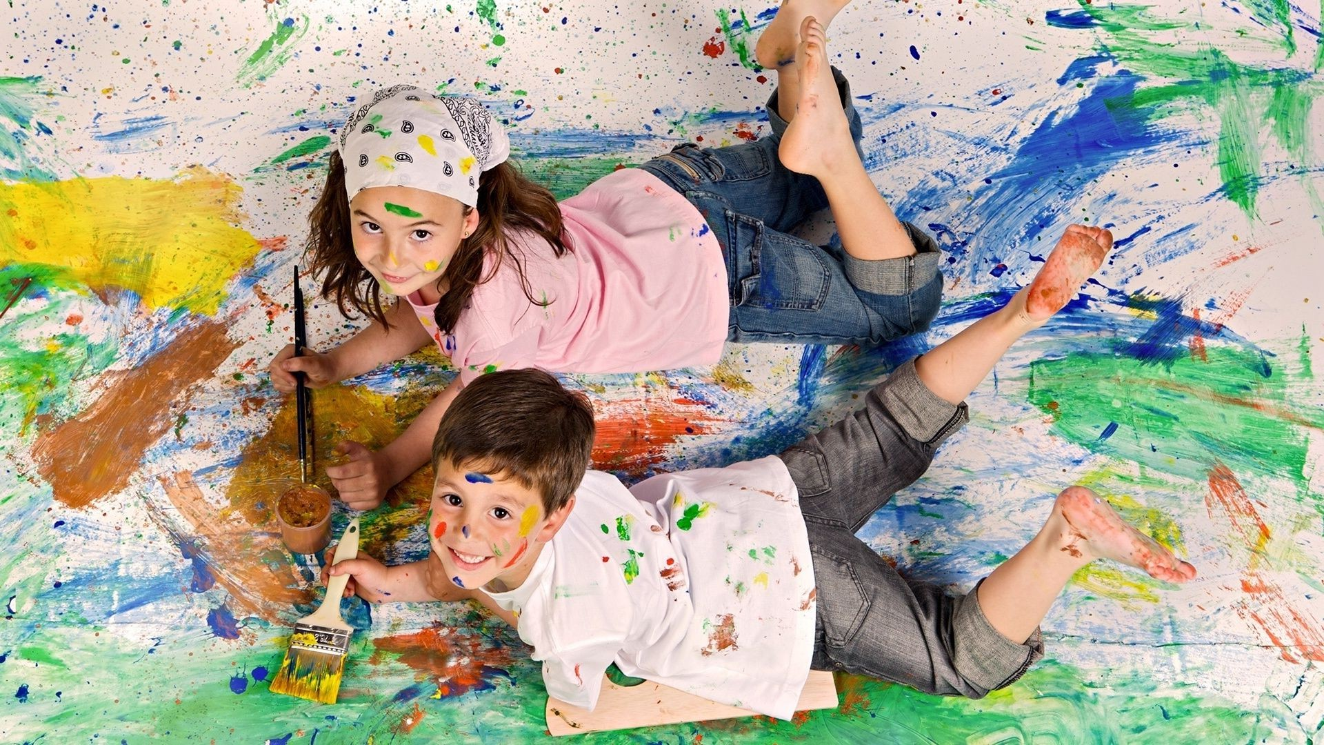 children at a lesson creativity painting child painter fun paintbrush gouache art brush elementary artistic girl leisure messy education preschool youth boy little