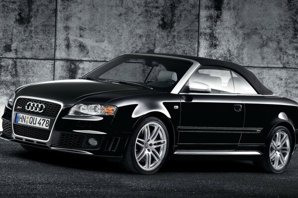 Audi RS 4 Cabriolet Black Front And Side 2008