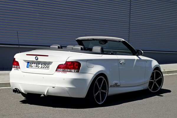 BMW 1 Series Convertible Rear Angle