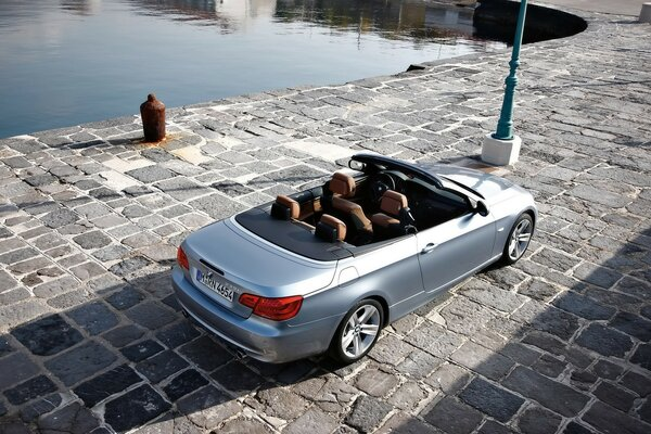 BMW 3 Series Silver Top 2010