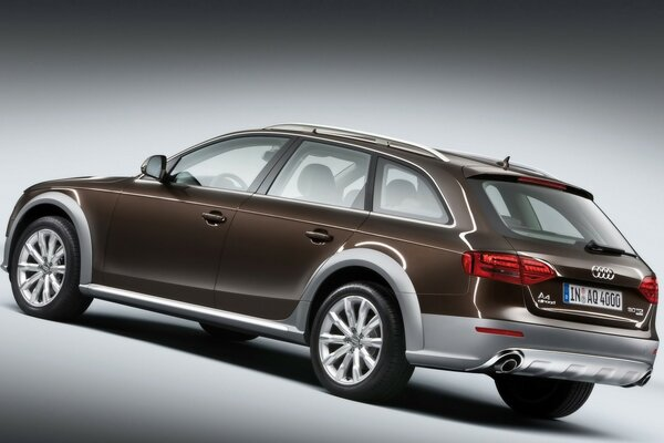 2009 Audi A4 allroad quattro Studio Rear And Side