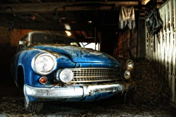 Old time car in a Shack
