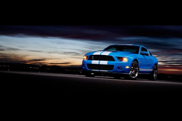 Ford Shelby GT500 Front Angle