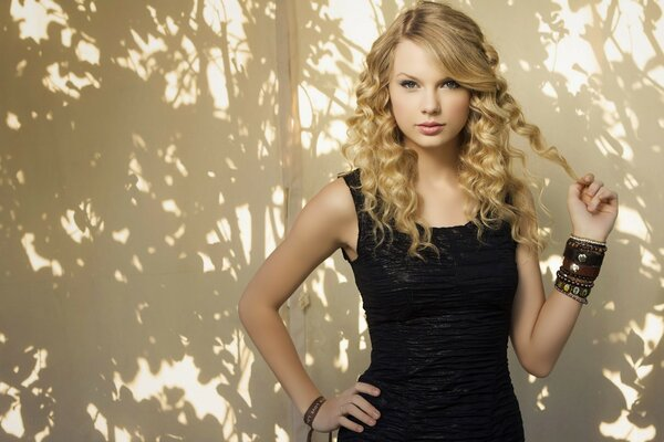 Taylor Swift Pop Singer