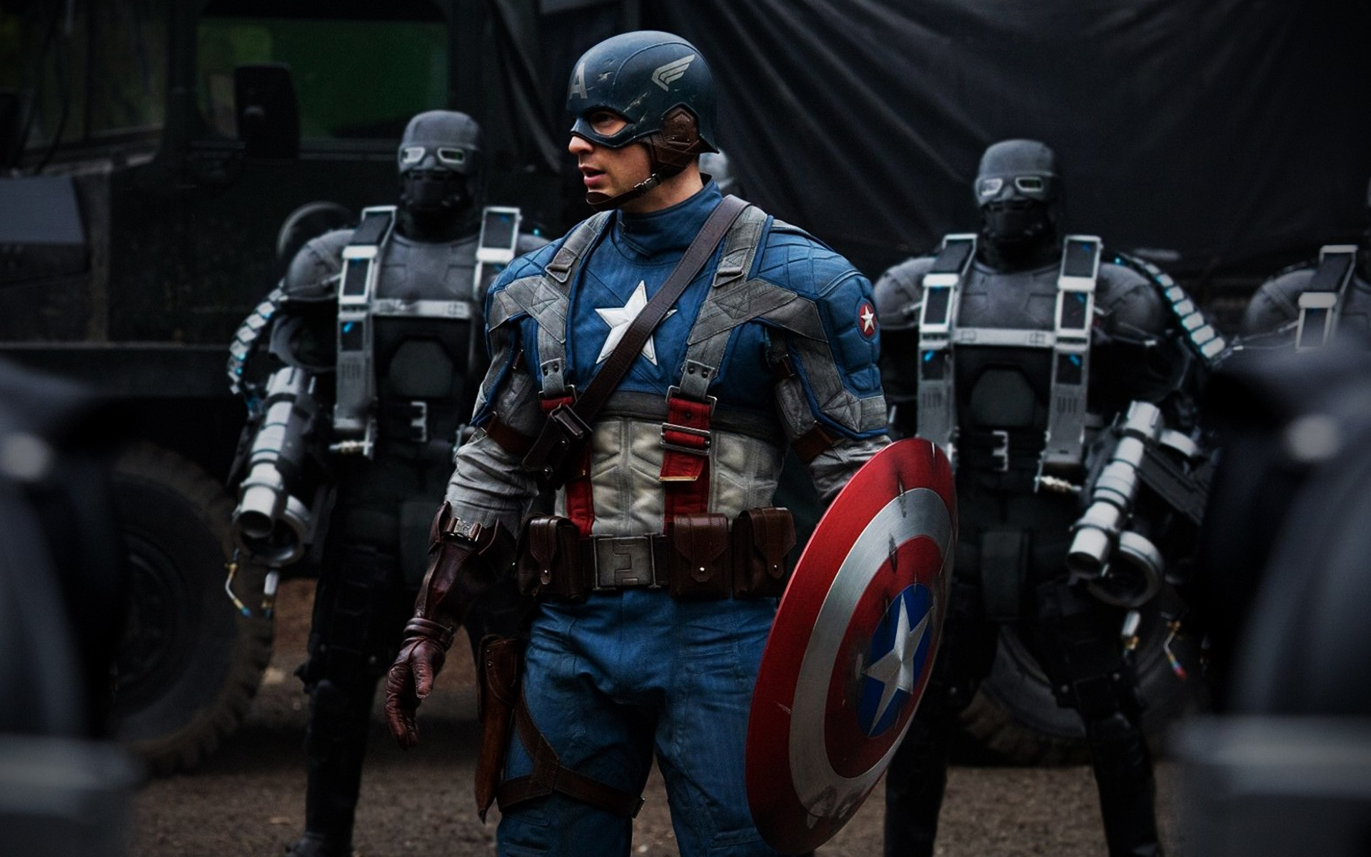 Movies Vehicle Competition Battle Police Military Weapon Offense Man Track Adult Captain America Chris Evans Steve