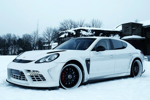 Edo Competition Panamera
