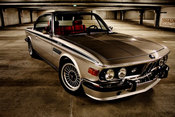 Old BMW 3 Series Coupe