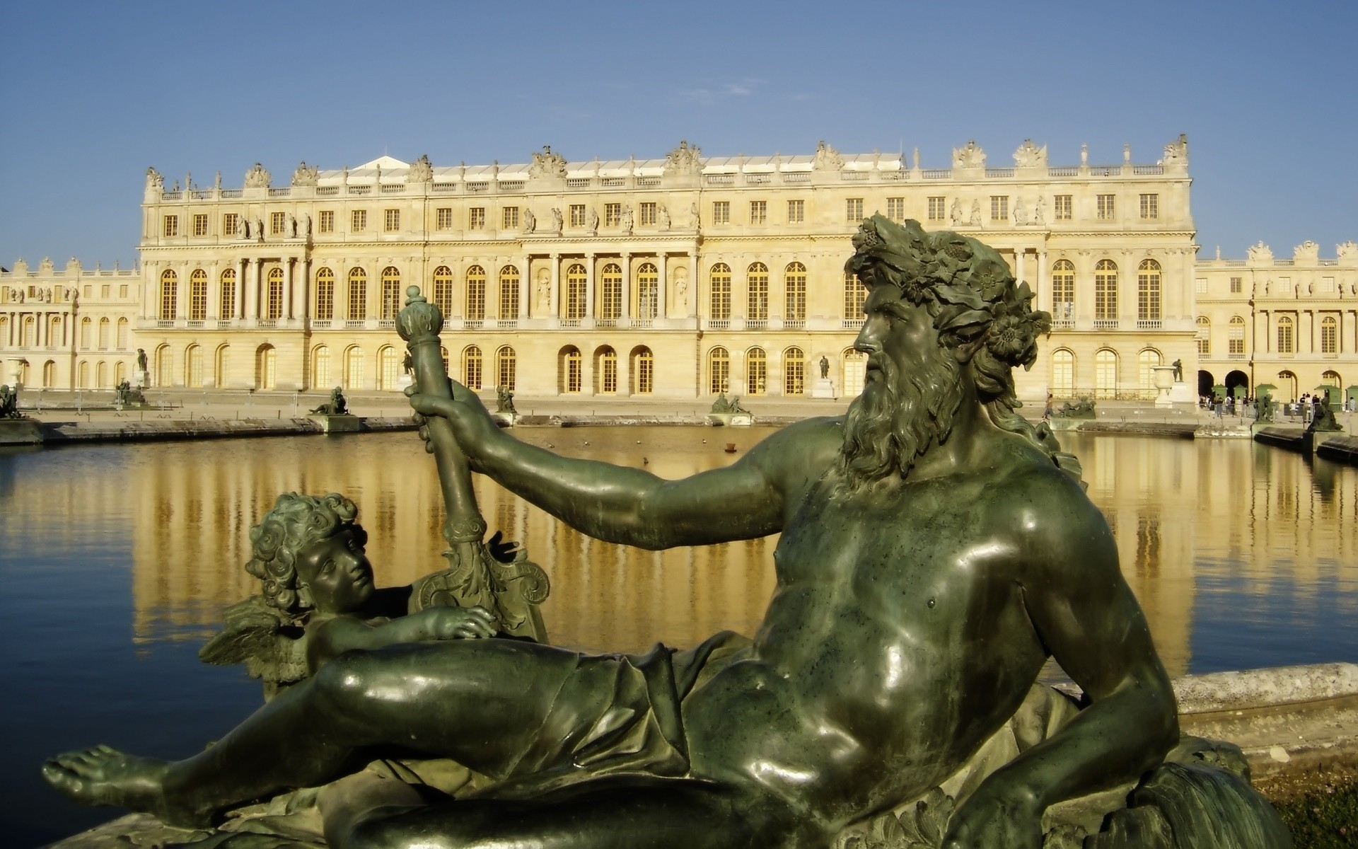france sculpture statue travel architecture fountain monument city art sky daylight square baroque bronze outdoors building landmark water sightseeing tourism