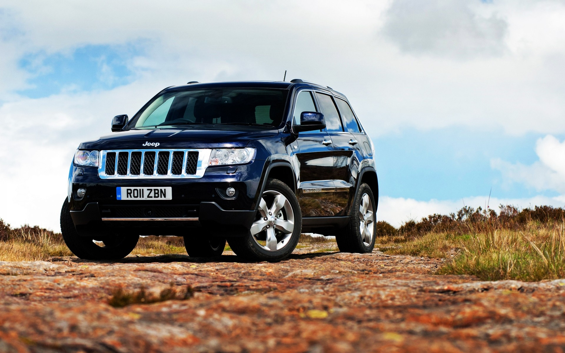 Jeep Grand Cherokee 2011 Iphone Wallpapers For Free