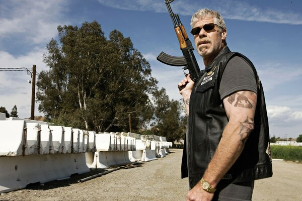 Ron Perlman Sons of Anarchy