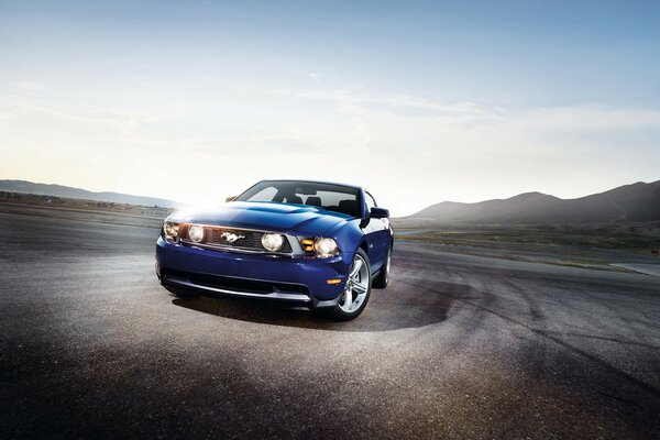 Ford Mustang GT Blue 2012
