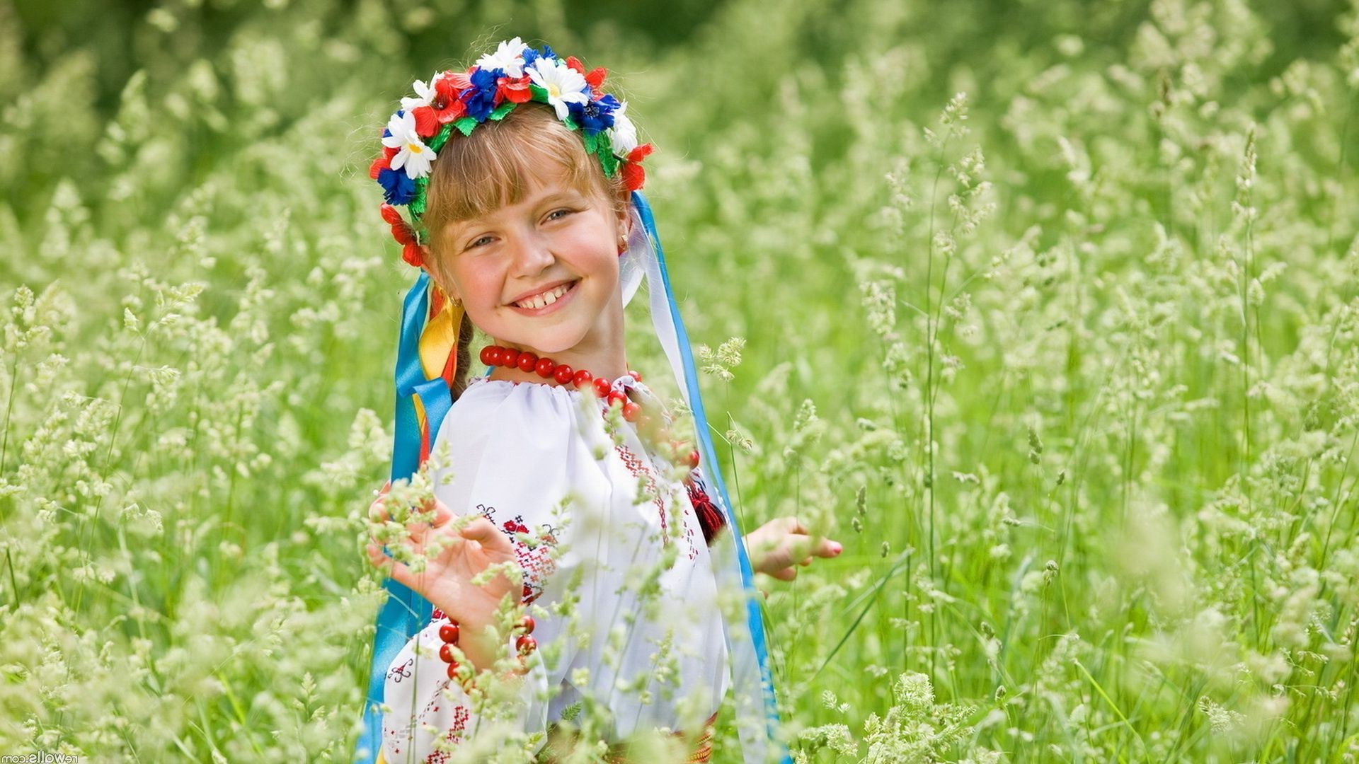 in the summer the girl in national costume Ukrainian uly