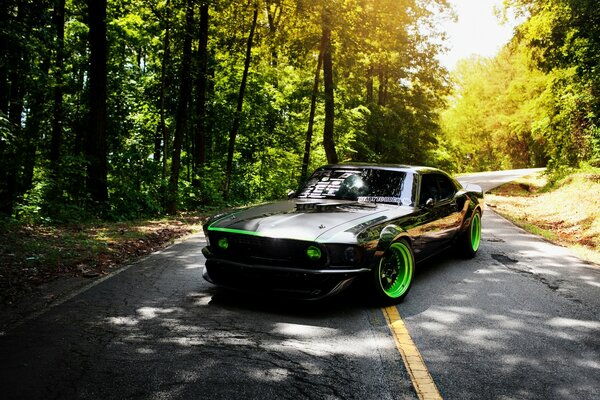 Old Ford Mustang Tuning