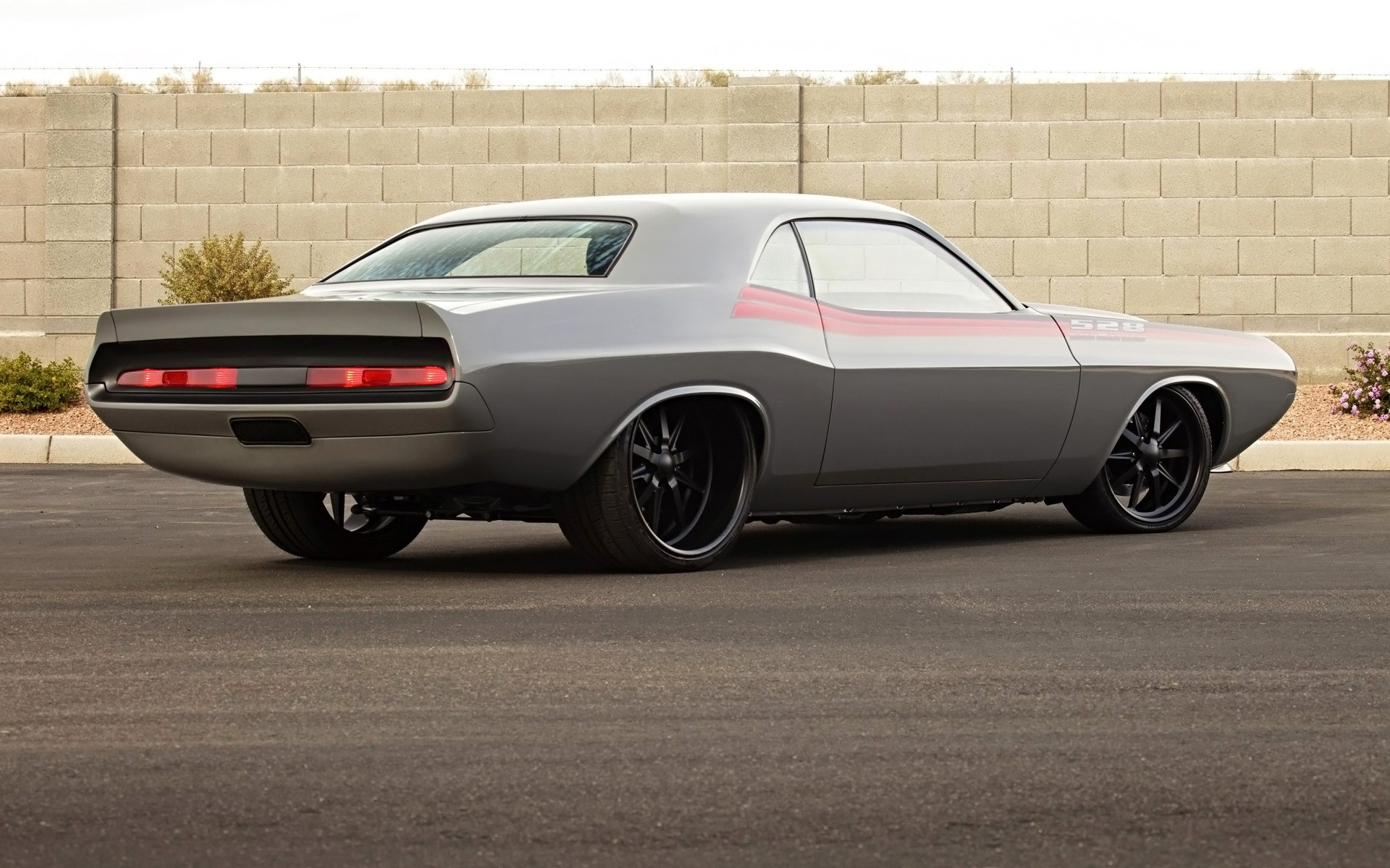 Old Dodge Challenger Android Wallpapers