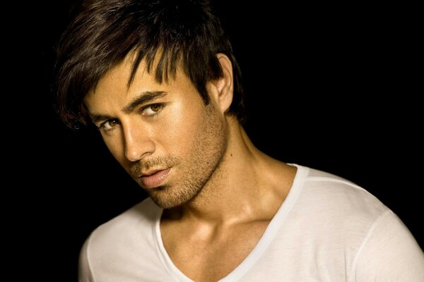 Handsome Enrique Iglesias