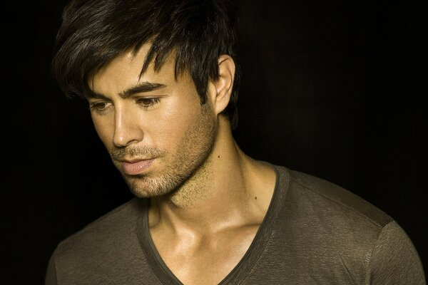 Enrique Iglesias Handsome