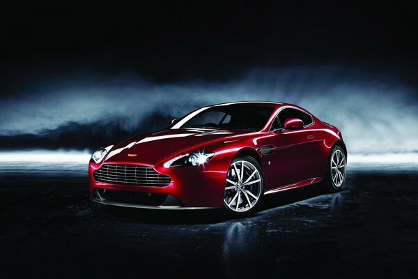 2013 Aston Martin Dragon