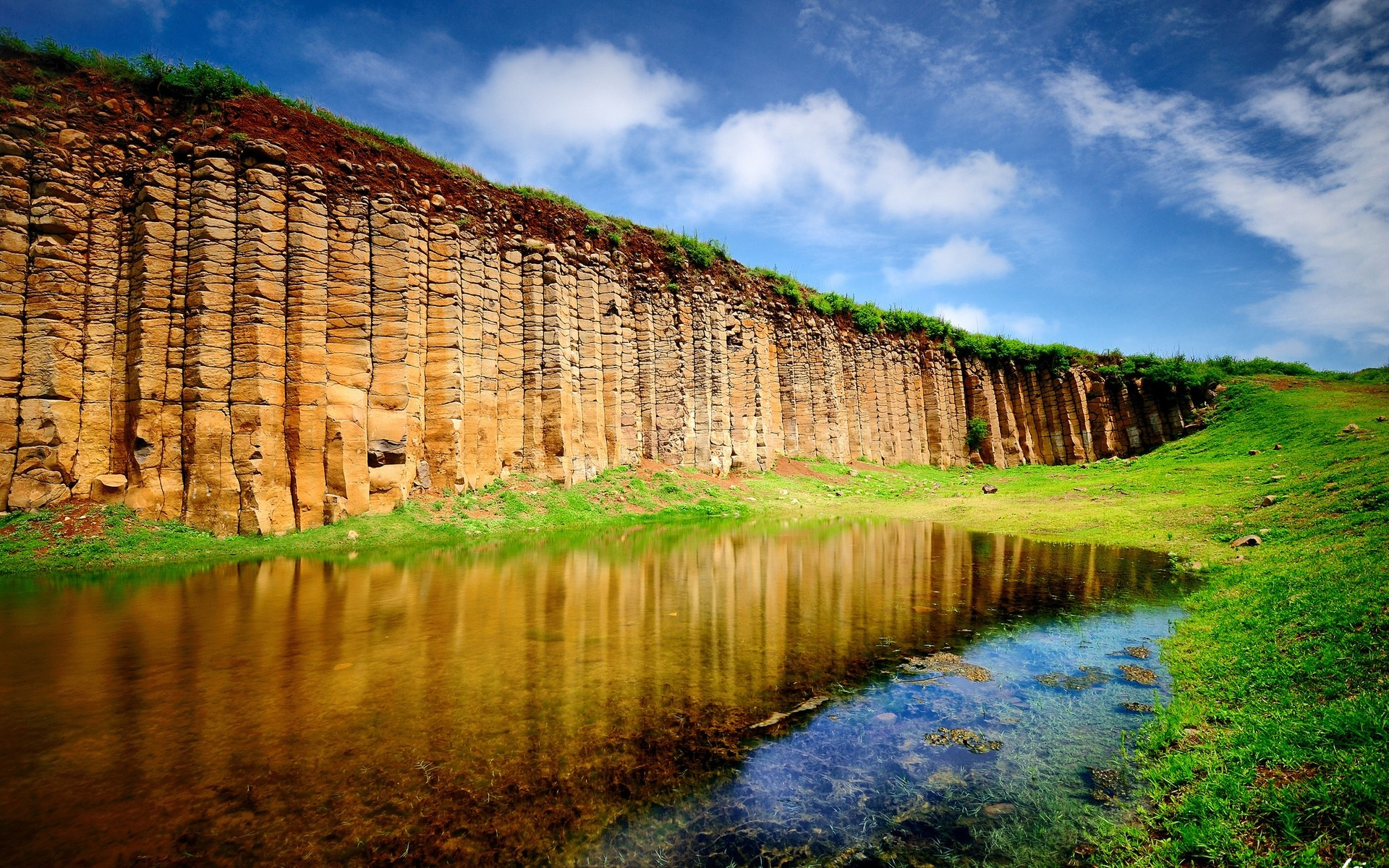 stunning nature landscape. desktop wallpapers for free.