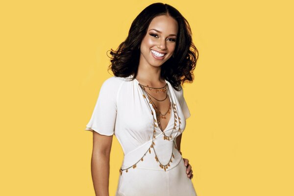 Alicia Keys White Smile