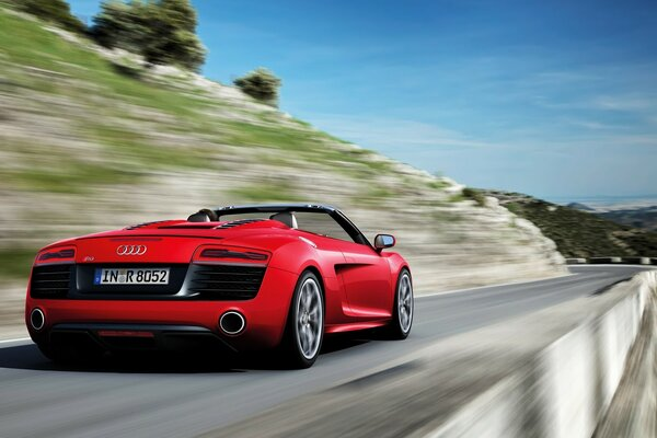 Audi R8 Spyder Speed