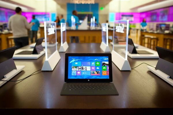 Microsoft Surface Pro Windows 8 Tablet