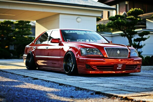 Toyota Crown Majesta Tuned