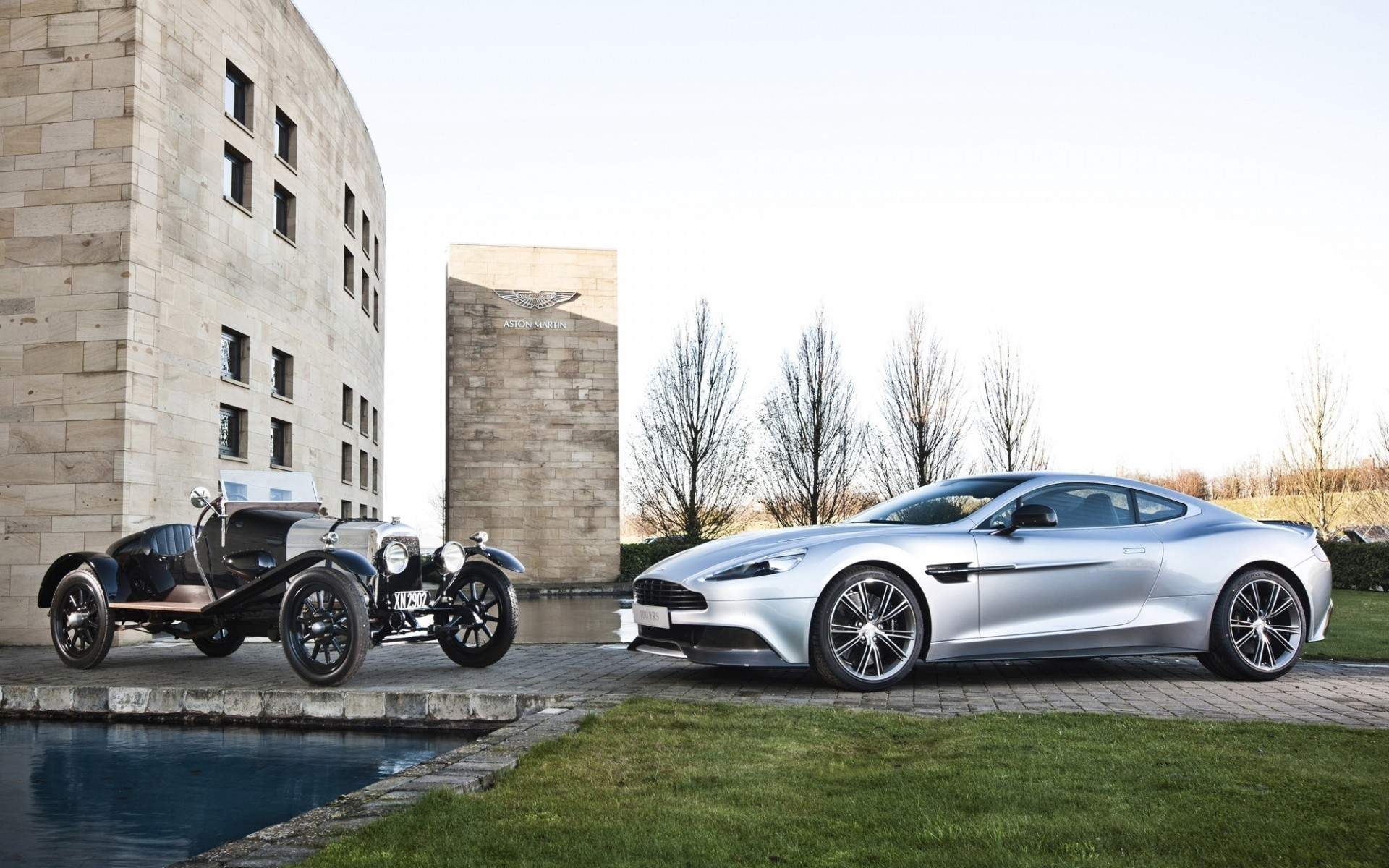 Old And New Aston Martin Vanquish Android Wallpapers