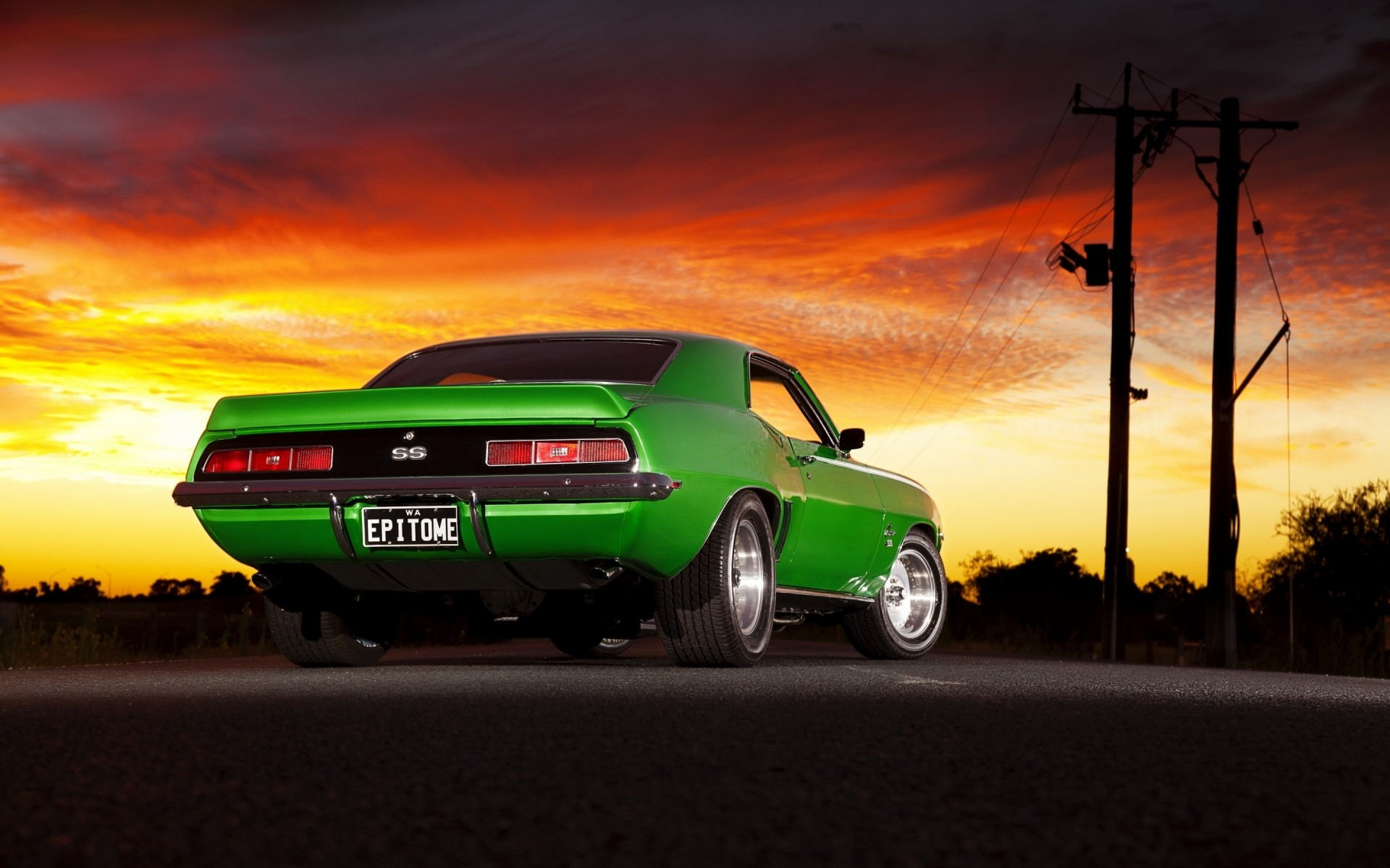 Old Green Chevrolet Camaro - Phone wallpapers