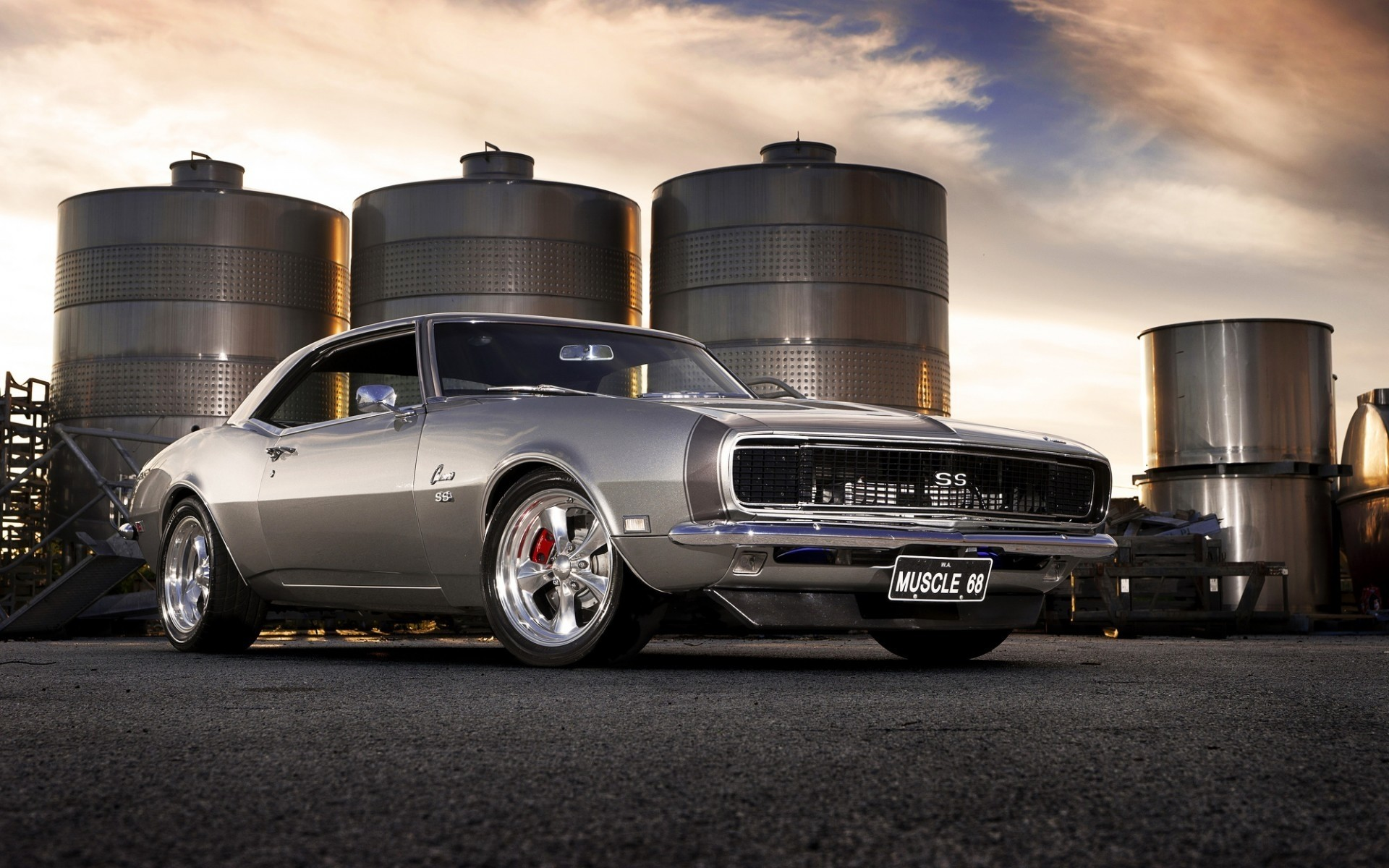 Gorgeous Old Chevrolet Camaro - Phone wallpapers