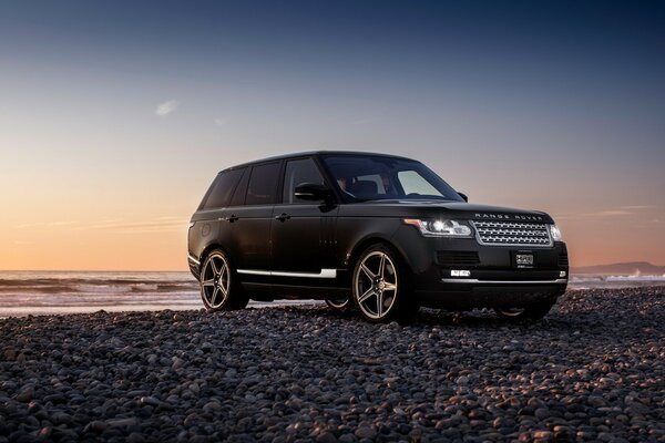 New Black Range Rover
