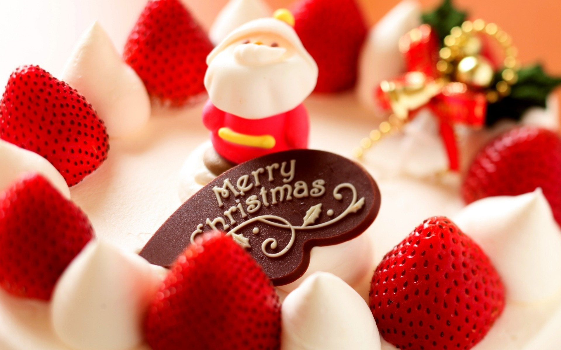 christmas strawberry delicious sweet cream sugar candy love berry romance indulgence fruit baking chocolate shining christmas tart sweets snowman strawberries