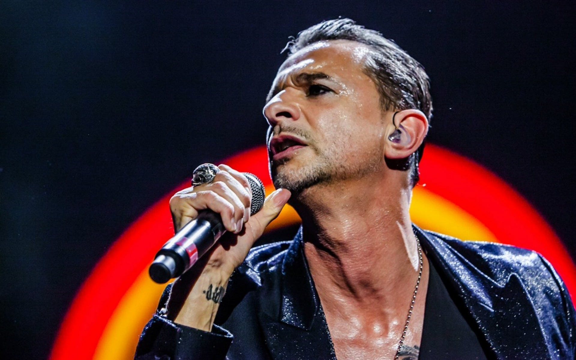 bands music performance concert singer musician festival one stadium microphone stage pop competition david gahan depeche mode