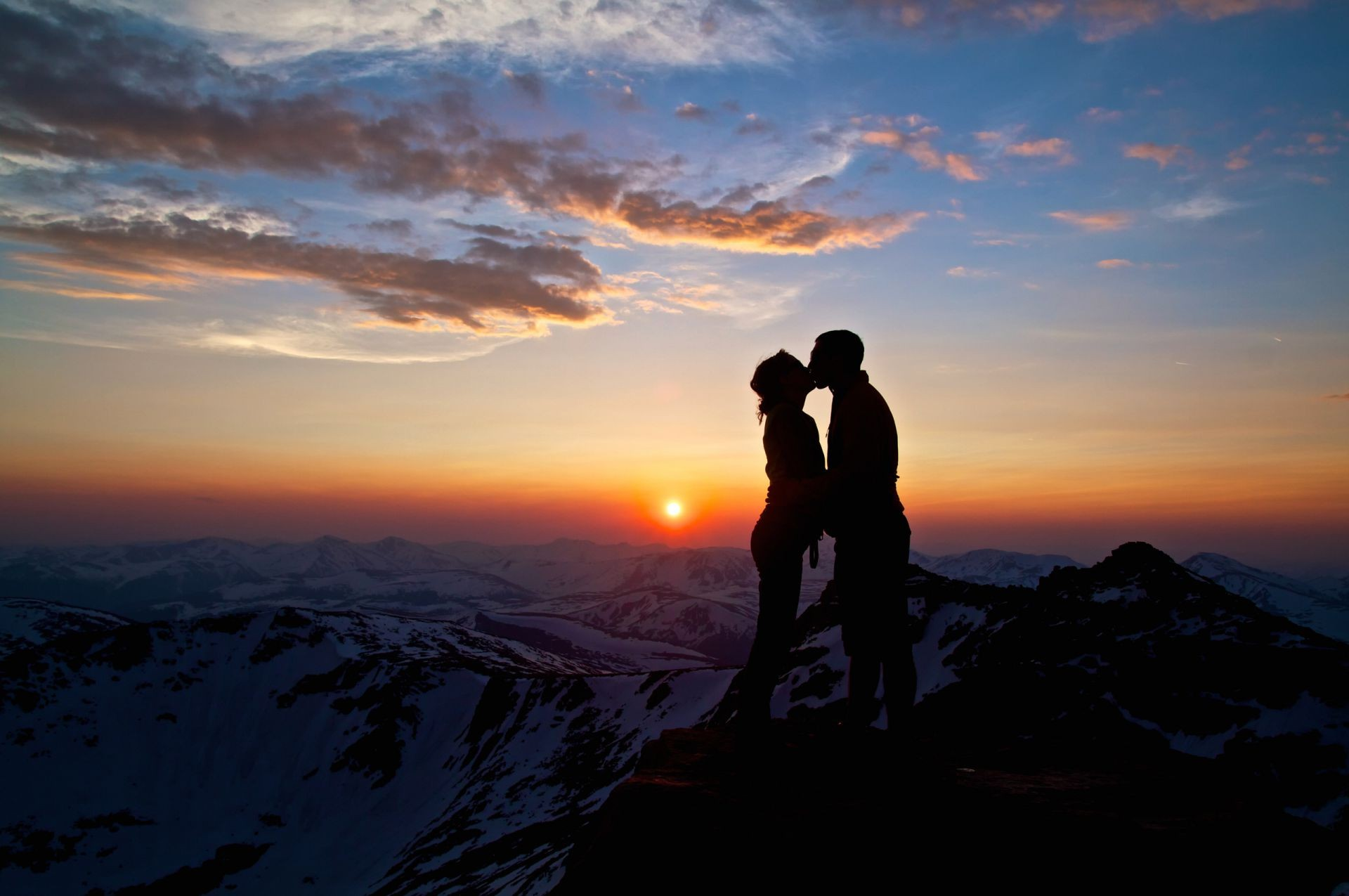 couples sunset dawn evening mountain sky sun dusk landscape backlit silhouette climber hike nature