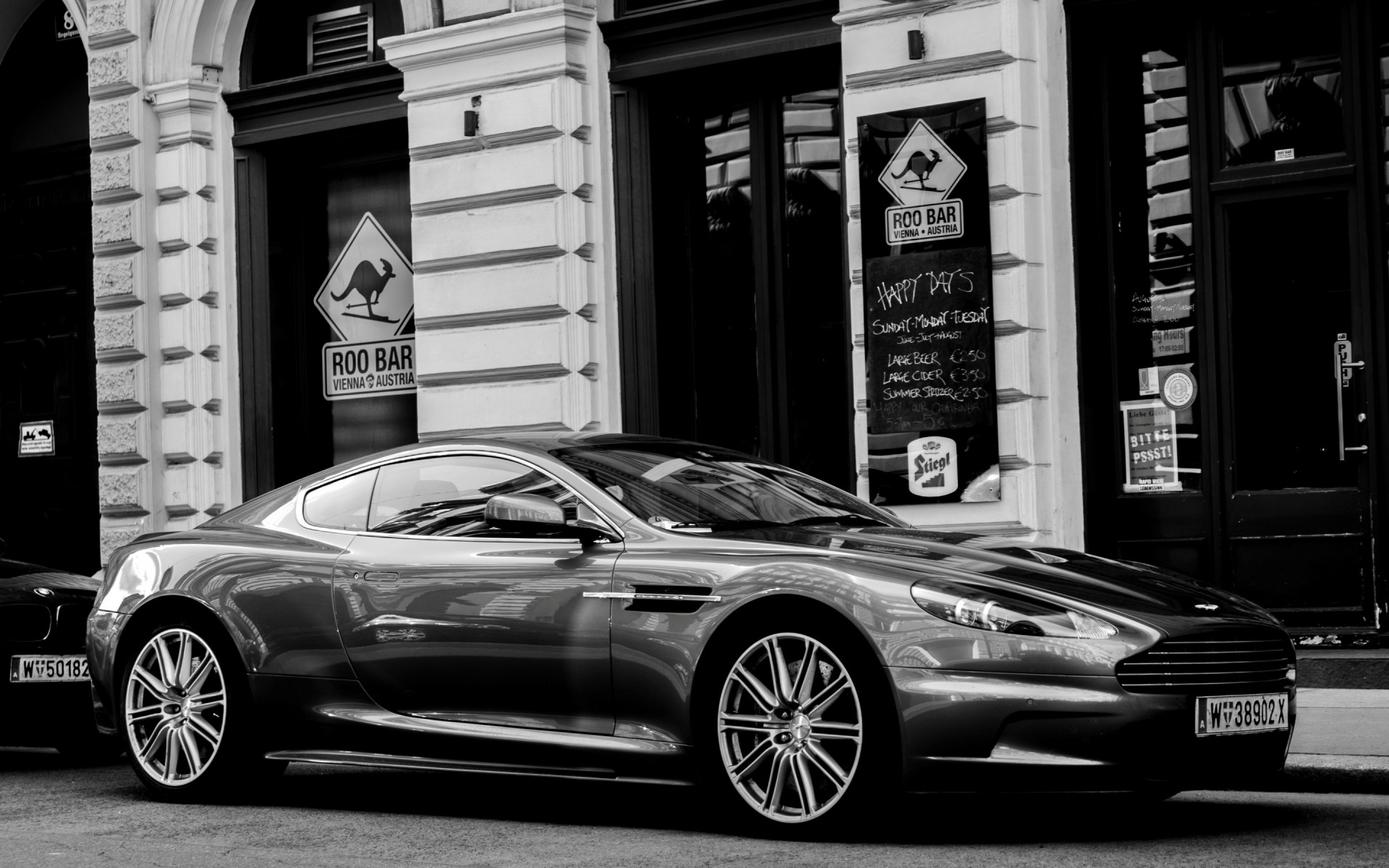 Aston Martin Dbs Coupe Android Wallpapers