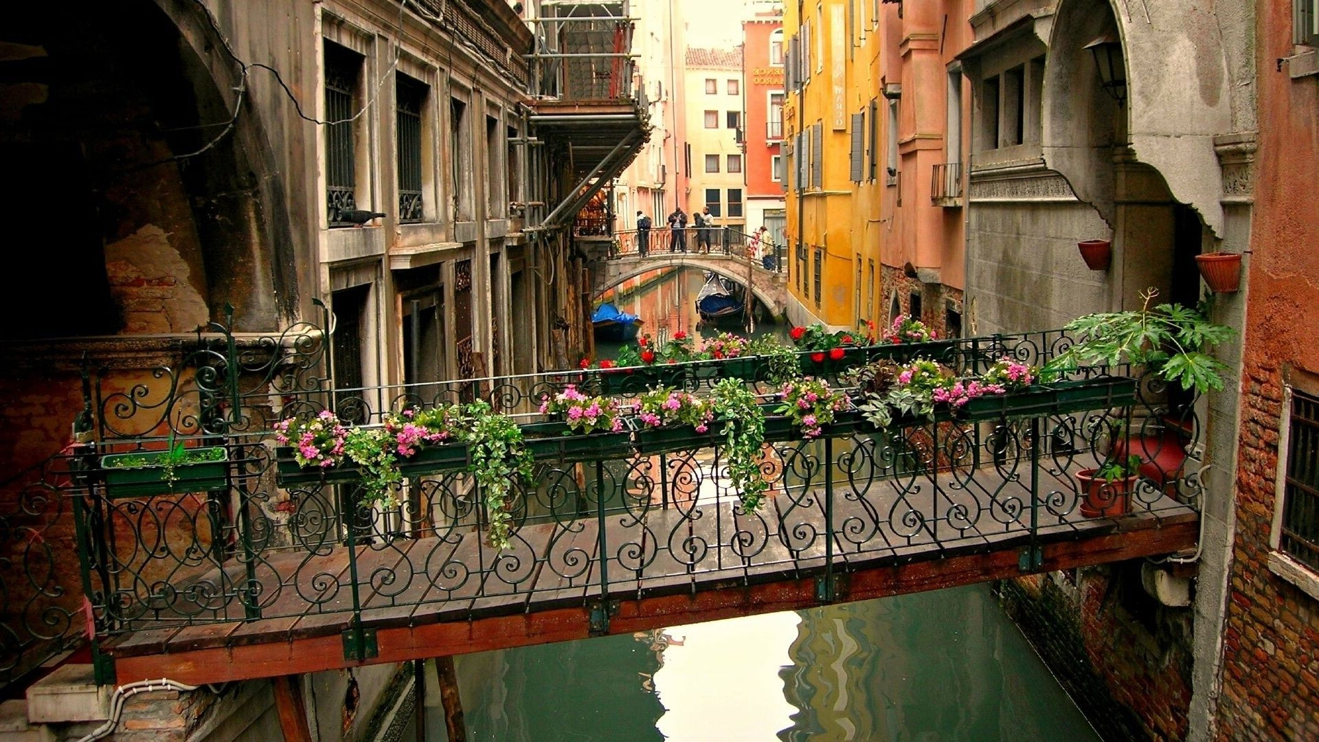 bridges architecture house street city travel town building urban window tourism balcony old