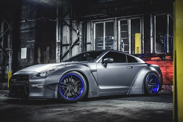 Nissan GTR Liberty Walk Tuning