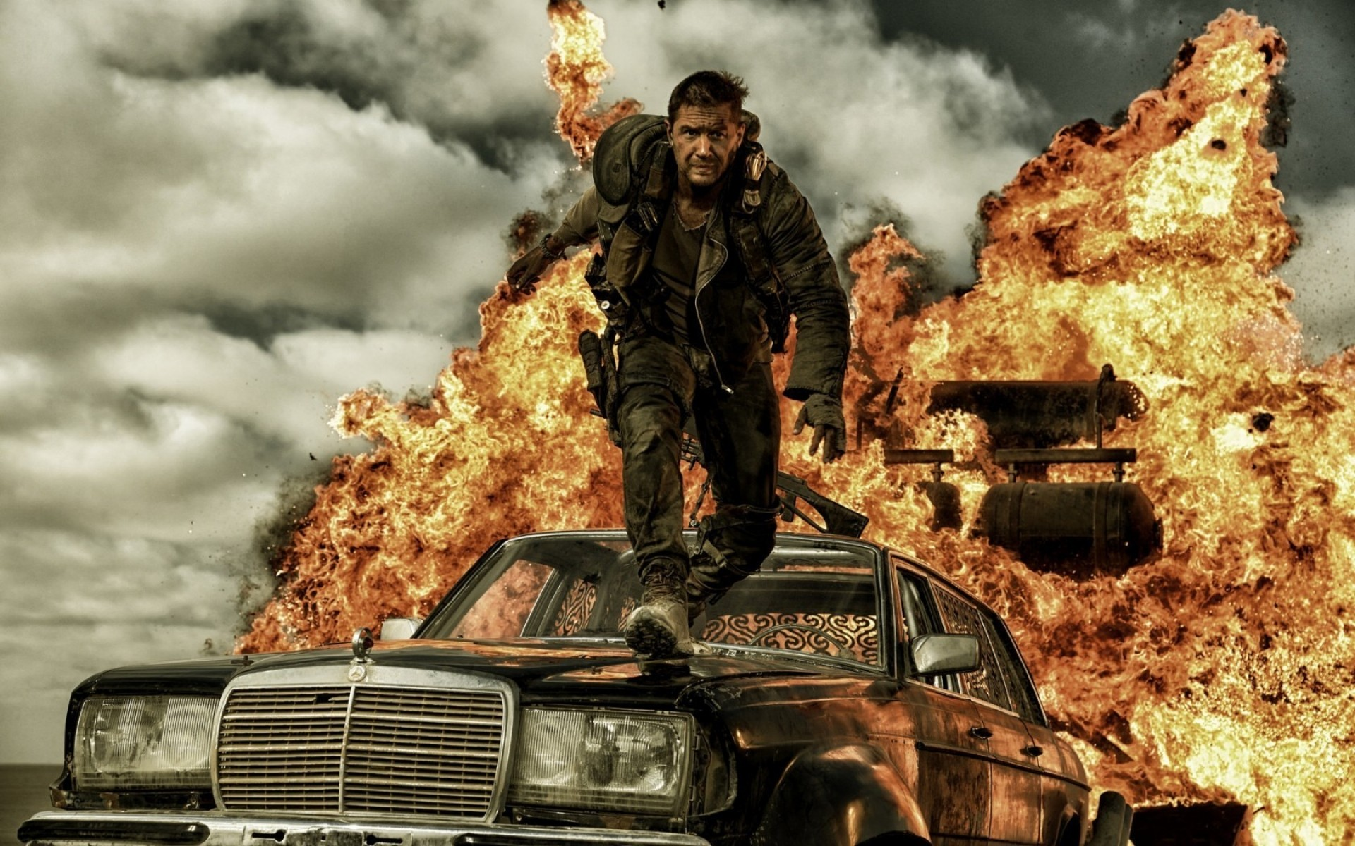 Mad Max Fury Road Movie Scene Phone Wallpapers