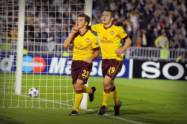 Andrey Arshavin and Jack Wilshere