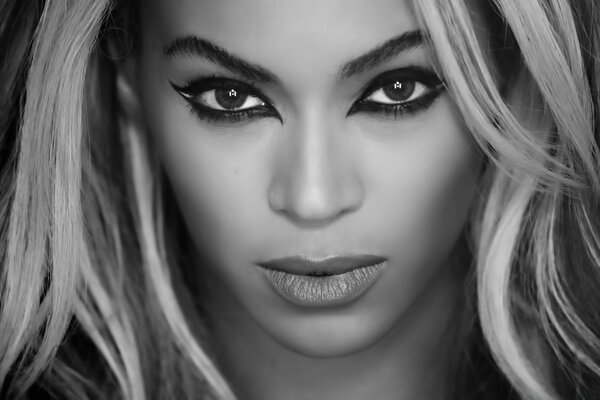 Beyonce Superpower Black and White