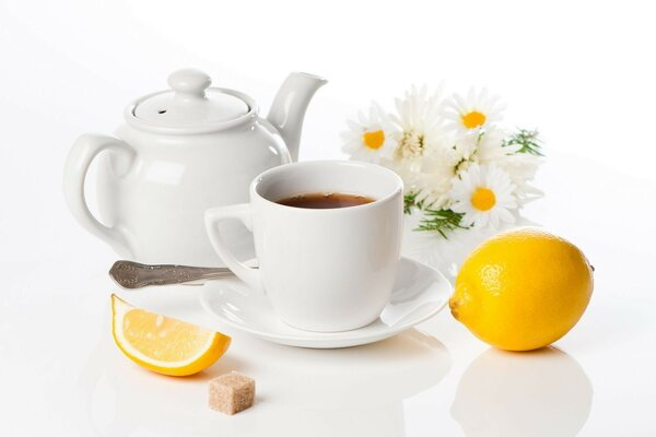 pot lemon chamomile Tea