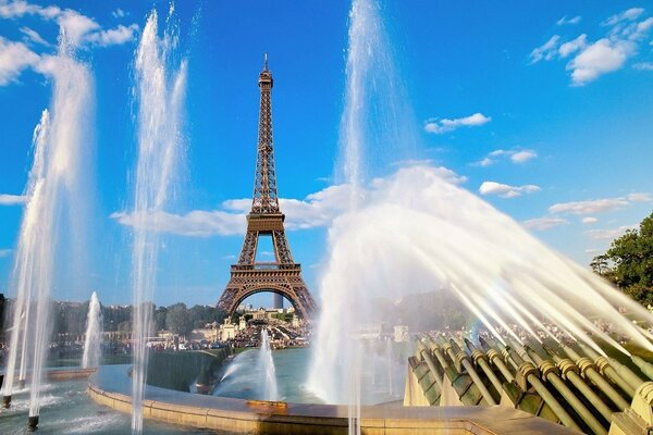 Eiffel tower and fountain paris france