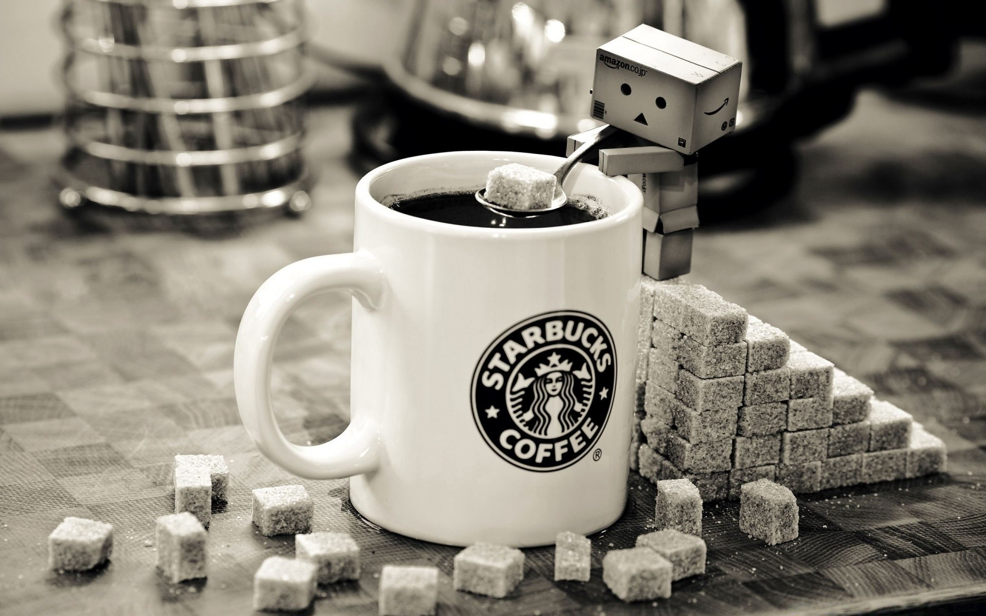 Danbo Starbucks Coffee Android Wallpapers