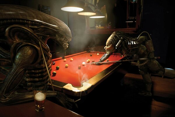 Alien Vs Predator, Pool