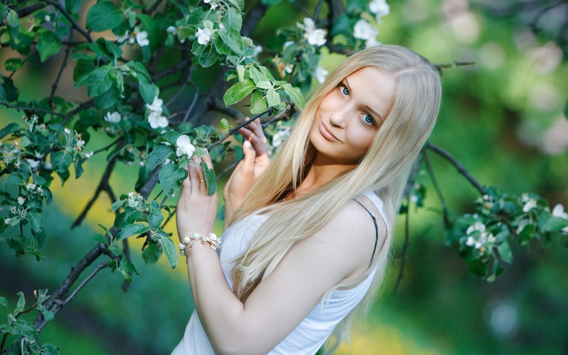 блондинки в кустах подскажете, какие