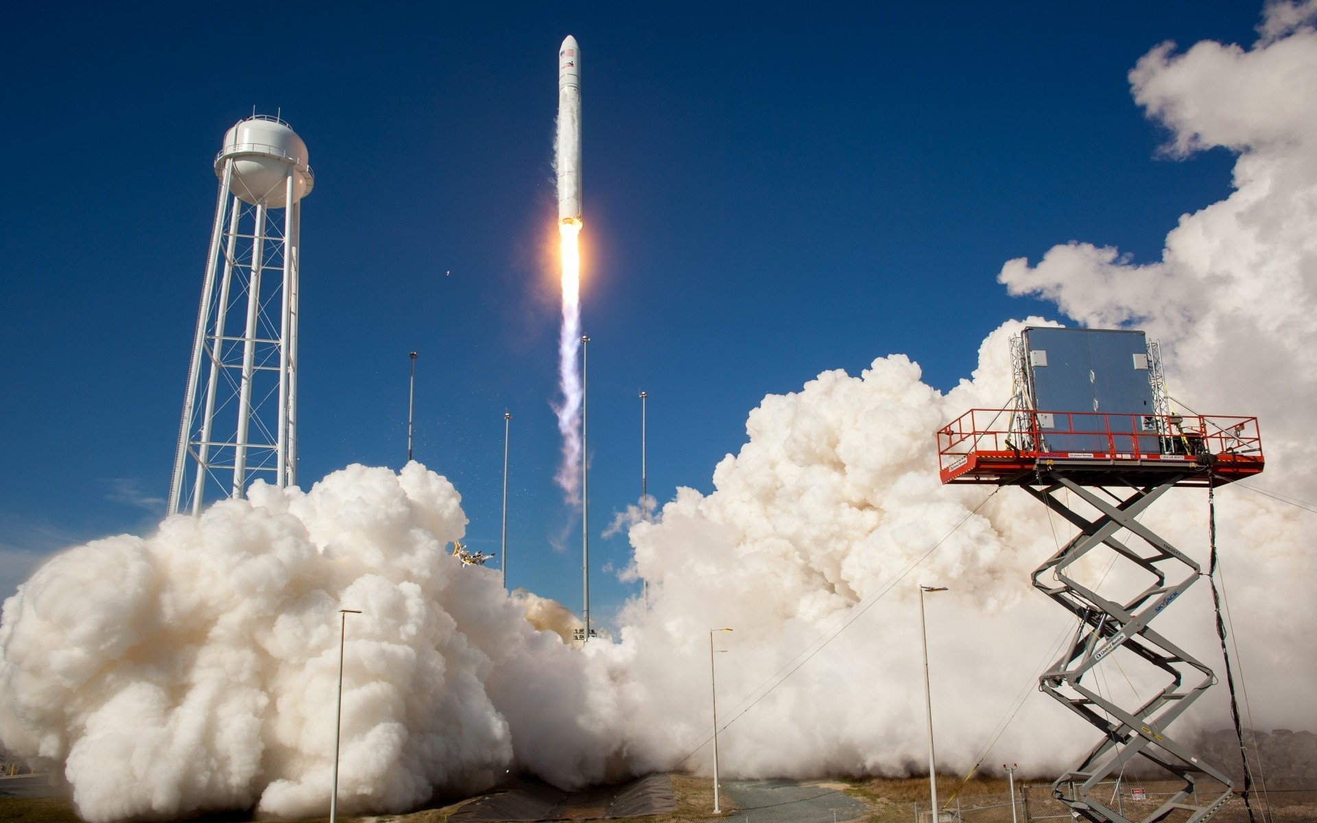 Antares Rocket Test Launch IPhone Wallpapers For Free