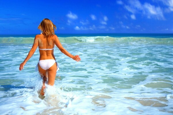 girls beach vacation ocean sea sun water mood