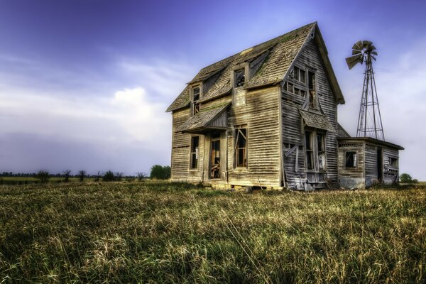 Abandoned House Summer