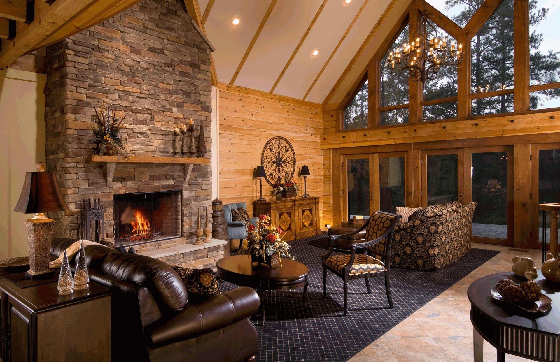 Уютная гостинная с камином бесплатно