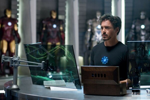 tony stark robert downey jr iron man